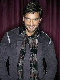 http://www.telenovelasconfidencial.com/tag/julian-gil